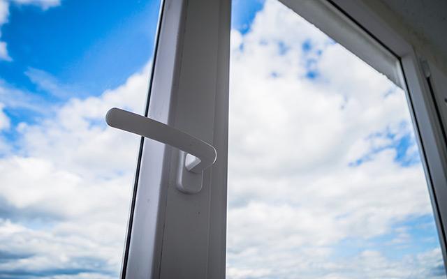 Tesnenje oken